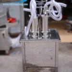 Những cơ sở vừa và nhỏ nên chọn loại máy chiết rót dung dịch nào?