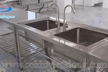 Giá chậu rửa công nghiệp – Món hời cho một sản phẩm chất lượng